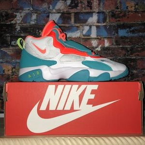 Nike Air Max Speed Turf NEW IN BOX